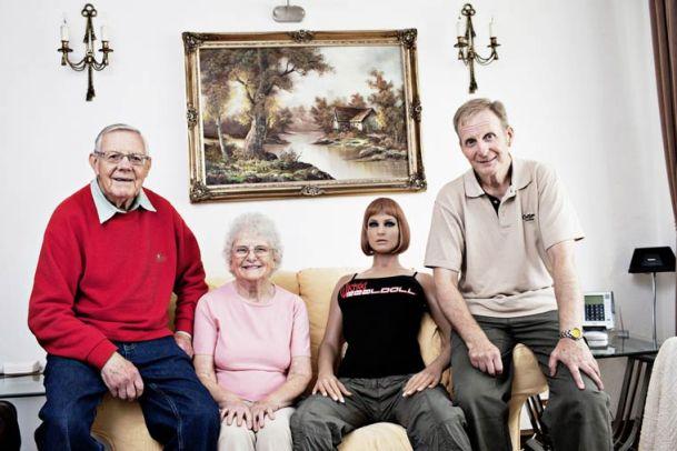 Modern-Family-Benita-Marcussen-men-and-dolls-7