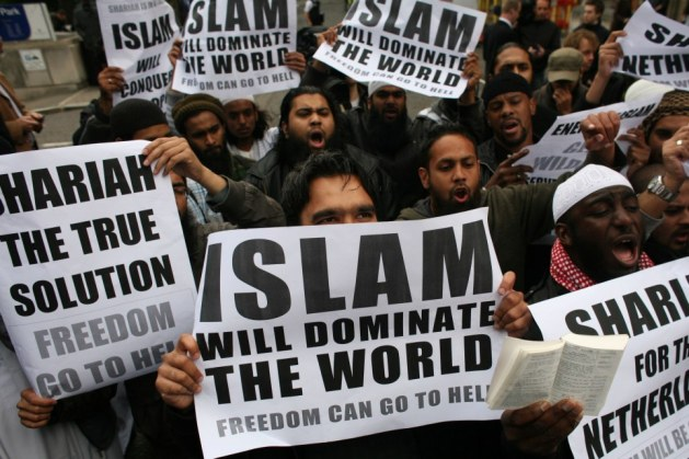 dominate_islam